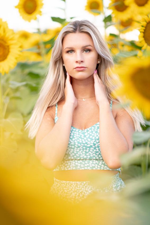 Cedartown Senior Portraits Sunflowers Atlanta-28