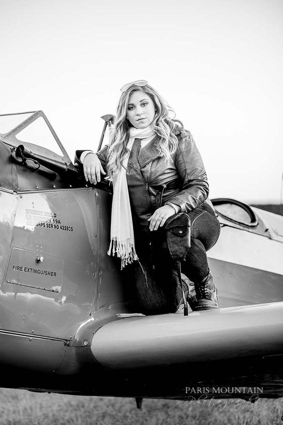 Cartersville Senior Portrait Photographer Airplane Fall-40