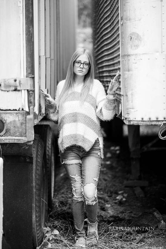 Carrollton Senior Portrait Photographer-12