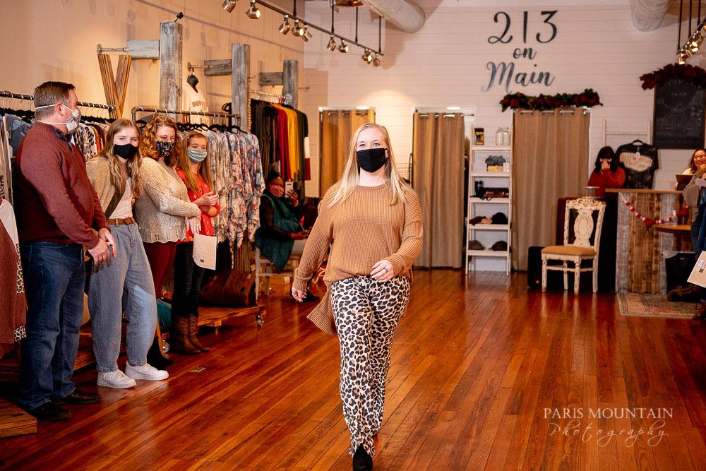 Fashion Show 21-16