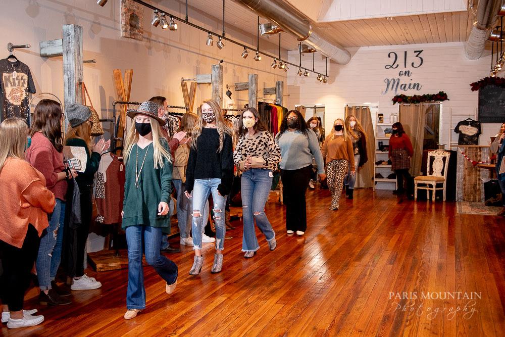 Fashion Show 21-17